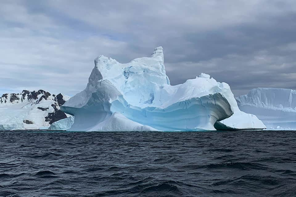 See the amazing icebergs