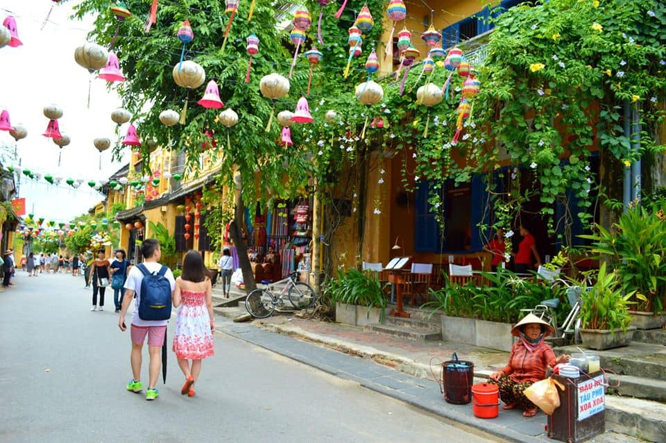 Visit Hoi An Ancient Town in your 1 week Vietnam Itinerary